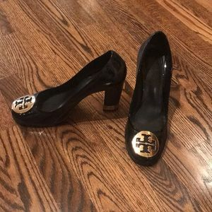Tory Burch logo Patent leather heels size 8